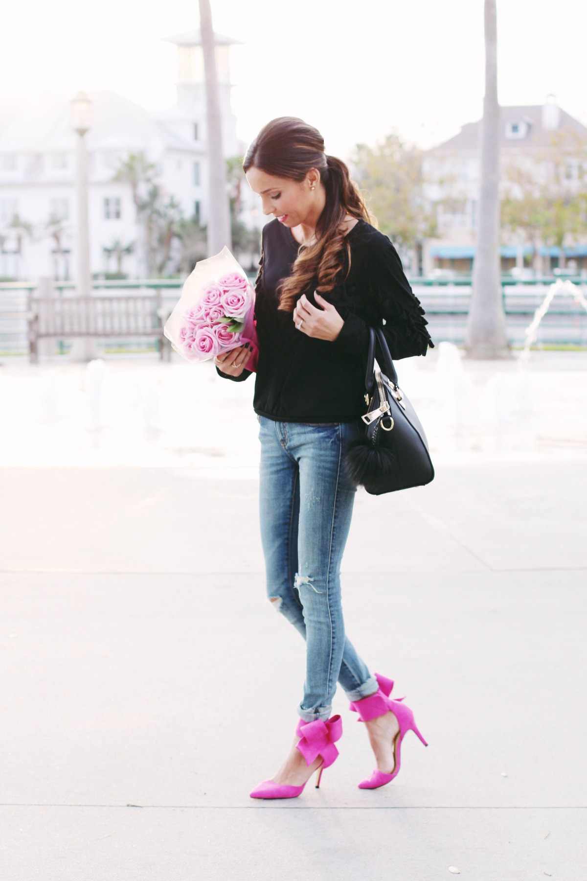 Black Tassle sweatshirt with pink bow heels