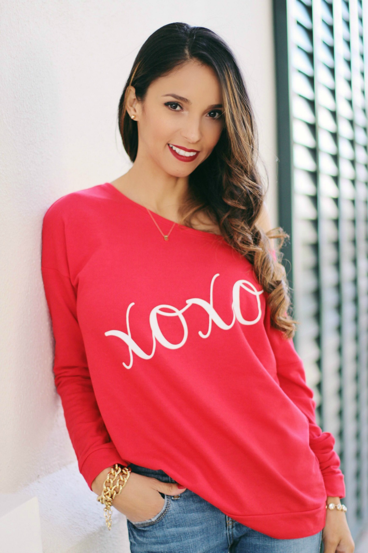 Valentines Day Sweatshirt with Bow Heels