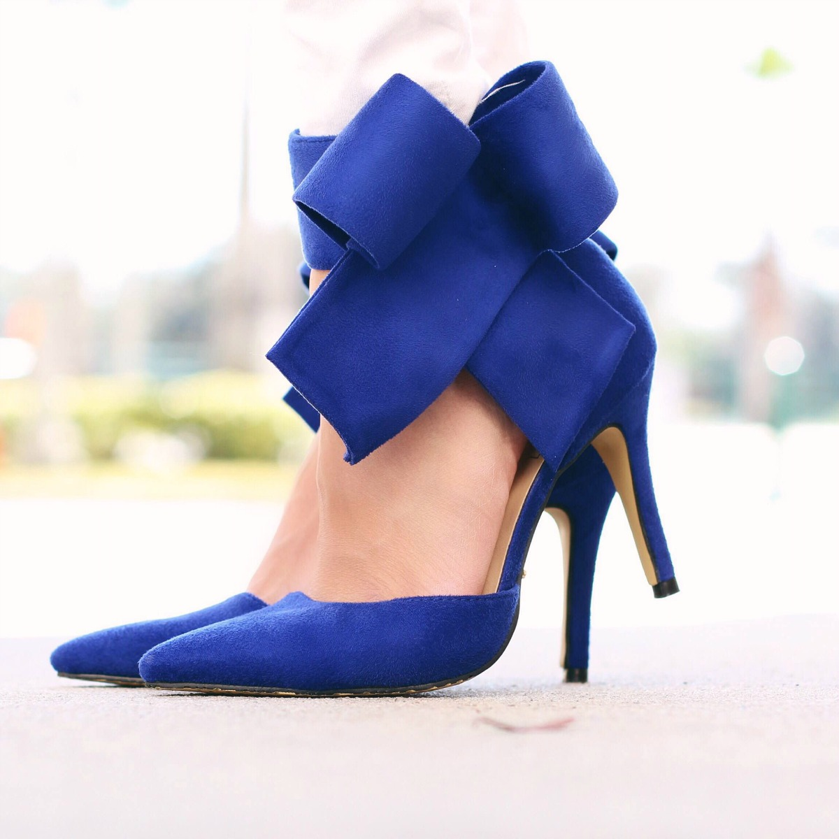 Blue bow high heels